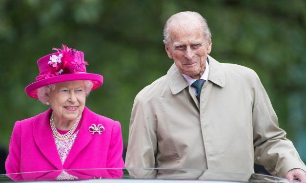 В завещанието си принц Филип помислил за най-близките си служители, нe e делил внуците си