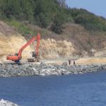 Строи се на плажа в Царево в разгара на лятото