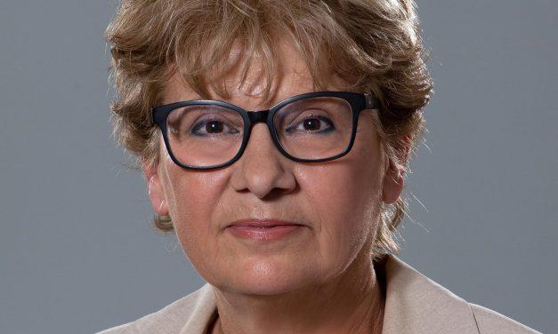 Прокуратурата иска от Комитова да реши проблема с водата в Копривщица